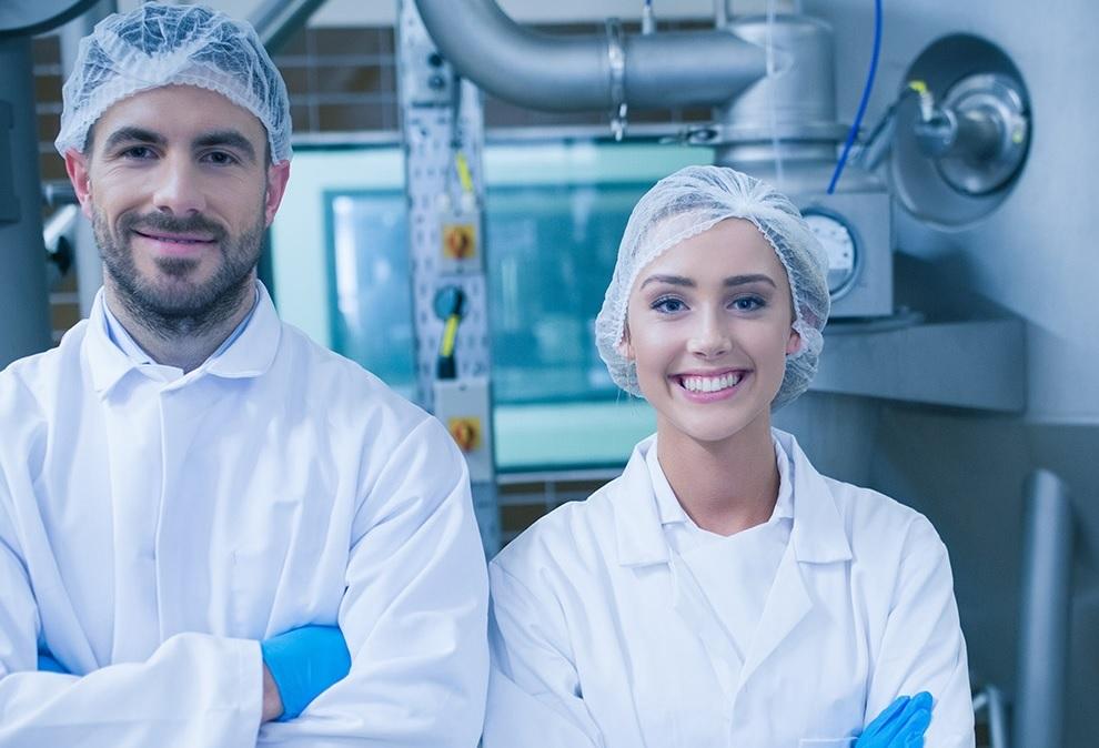 Pracovník vo výrobe (výroba syra)