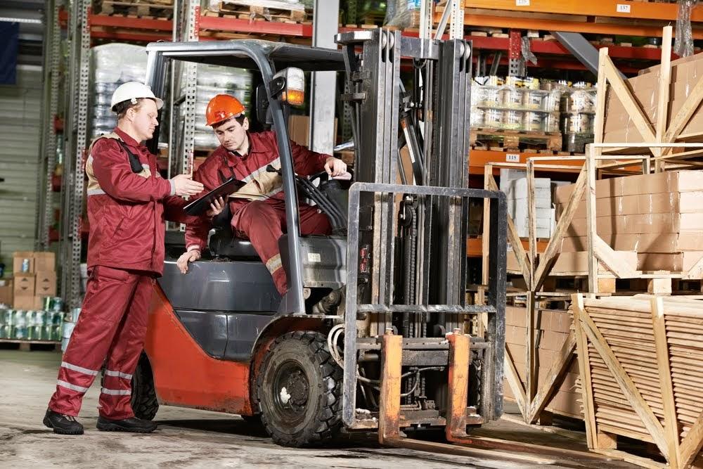 Logistics worker (loader)