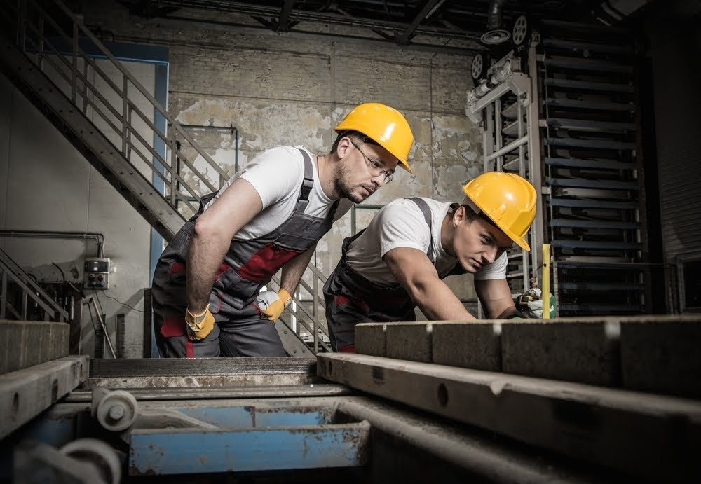 Plasterboarder (trainee, free accommodation)