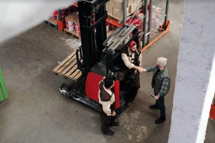 Logistics worker (in NL)