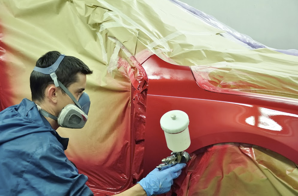 Przygotowanie samochodu lub lakierowanie (€520 do €540 netto tygodniowo)