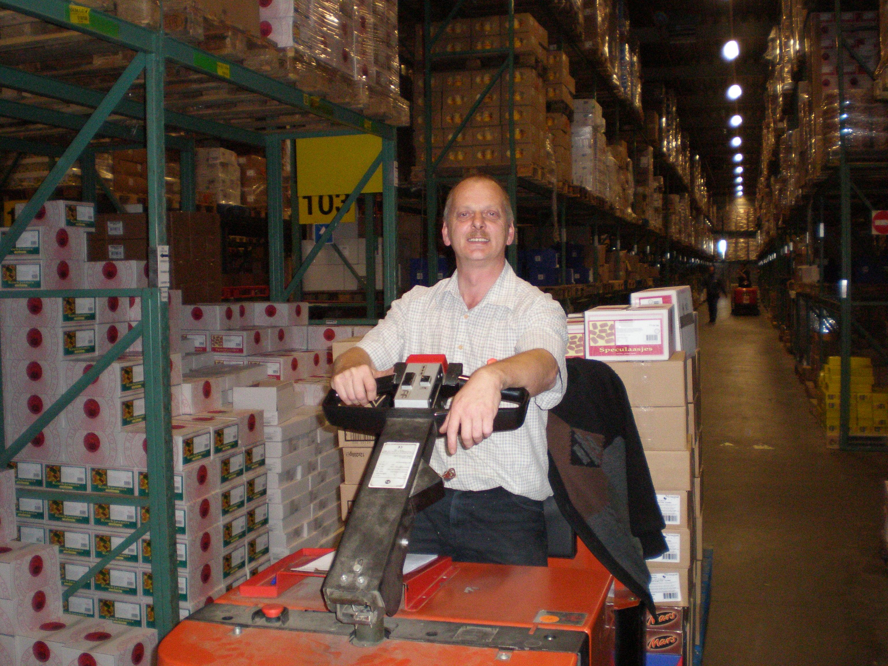 Darbas Olandijos fabrikuose ir sandėliuose